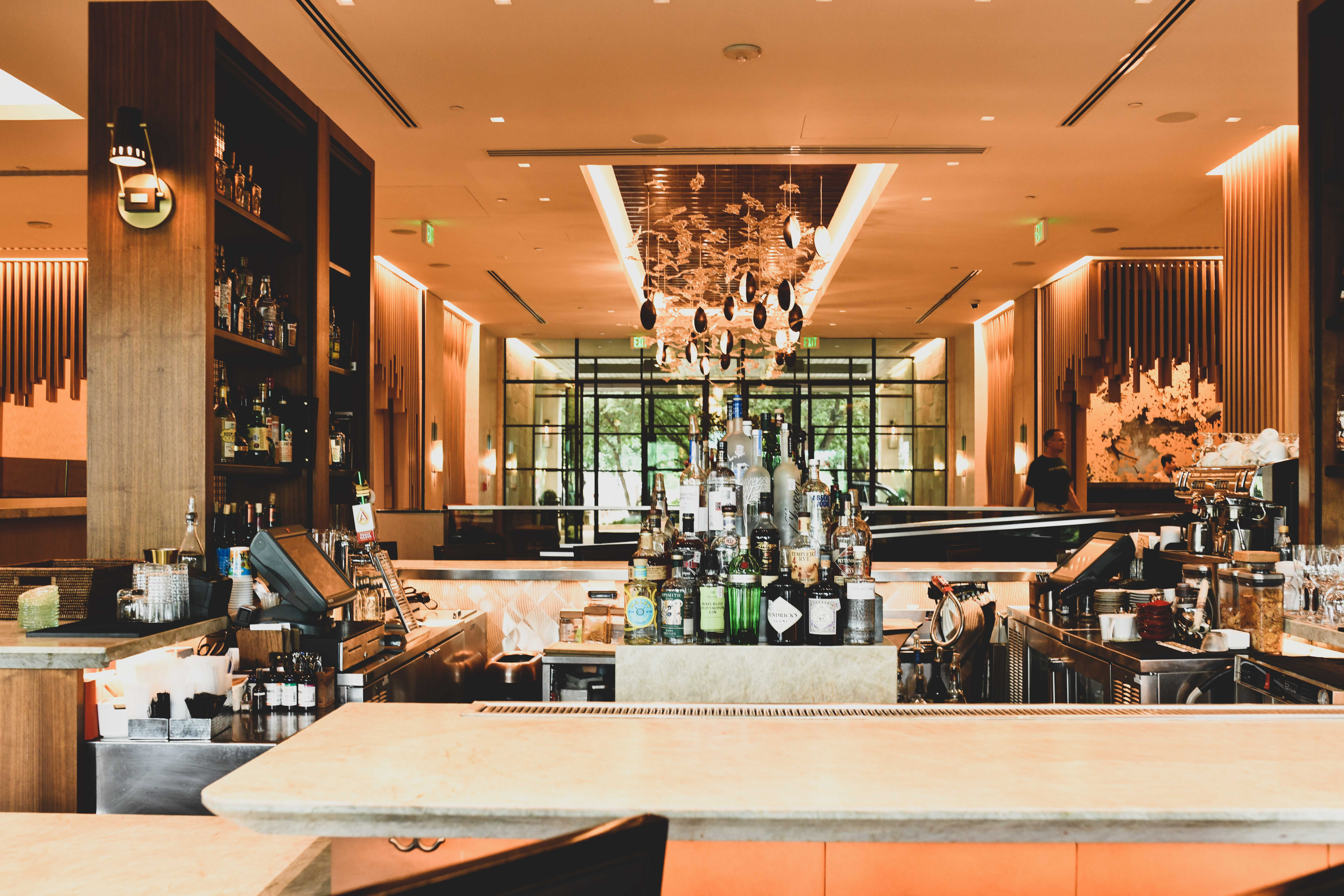 Four Seasons Rooms and Service